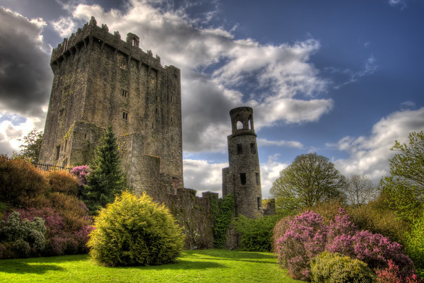 Surrounding the castle are beautiful and quite extensive gardens. There are paths touring the grounds with signs pointing out the various attractions such as several natural rock formations which have been given fanciful names, such as Druid's Circle, Witch's Cave and the Wishing Steps.