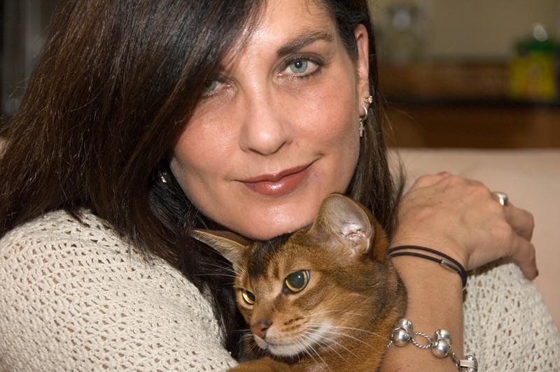 Foster house-Rainey and cat (Eddie?)