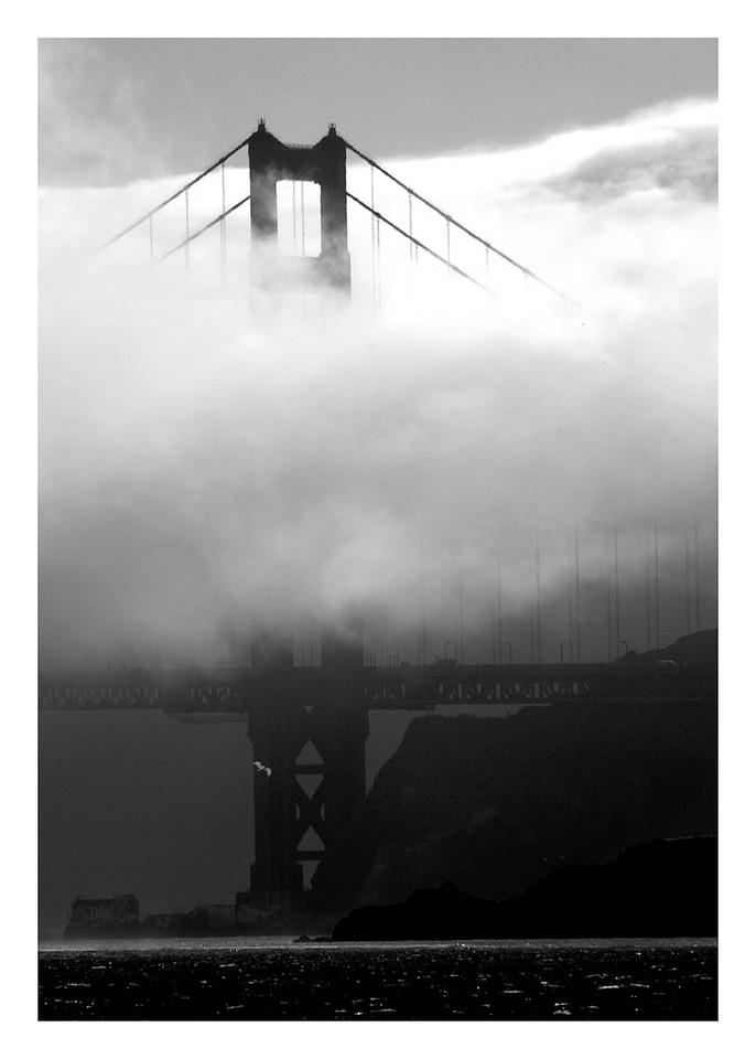 Golden_Gate_B&W.(1)