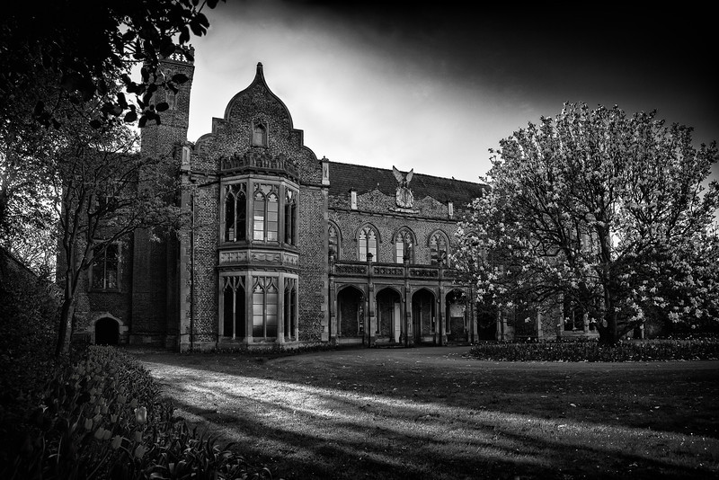 Ayscoughfee Hall Black and White