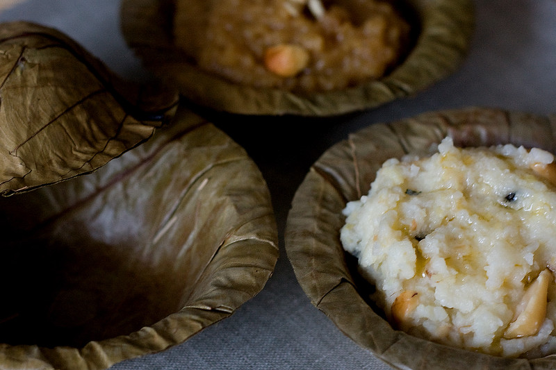 Indian pudding - Sweet and Savory, served in dried leaf cups