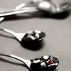 Christmas gifts from the kitchen - Chocolate spoons, topped with crushed peppermint candy