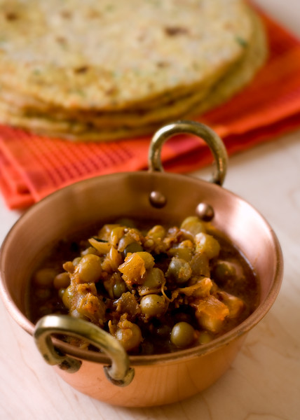Quinoa-Carrot paratha served with Green peas curry