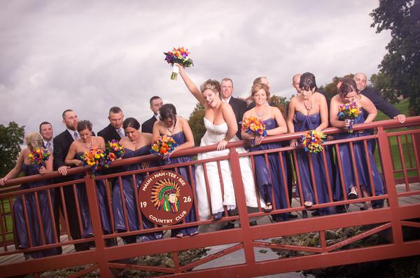 Chicago Rockford Illinois Fall Autumn Outdoor Wedding Photographer in Park