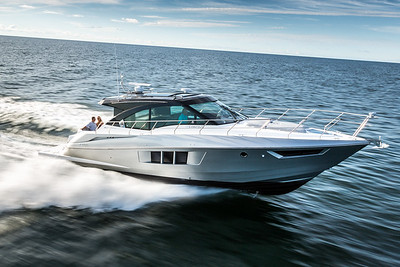 Cruisers 45 Cantius Black Diamond running