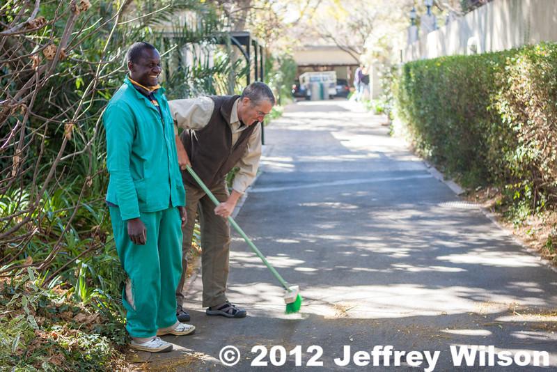 2012-Botswana-0802-3906