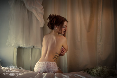 Luxury Boudoir Photography by gavin conlan photography Ltd