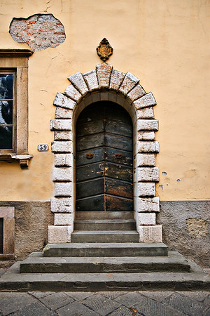 Door59Lucca