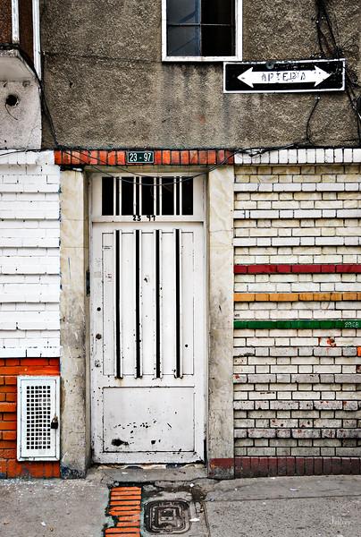 Door23-97