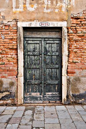 Door1625Venice