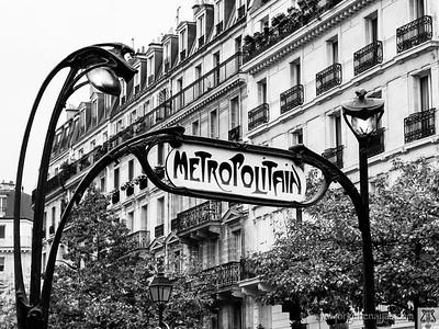 Metropolitain. Paris