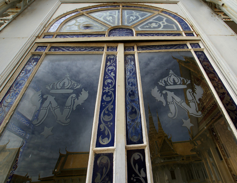 DETAIL OF GLASS DOORS. ROYAL PALACE. PHNOM PENH.