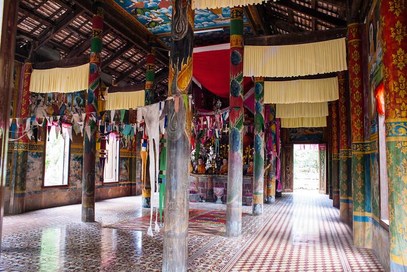 Angkor - Phnom Bok - Cambodia by JeeWee 2009
