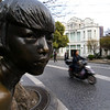 SHANGHAI. DUOLUN CULTURE STREET. SCULPTURE WATCHING.