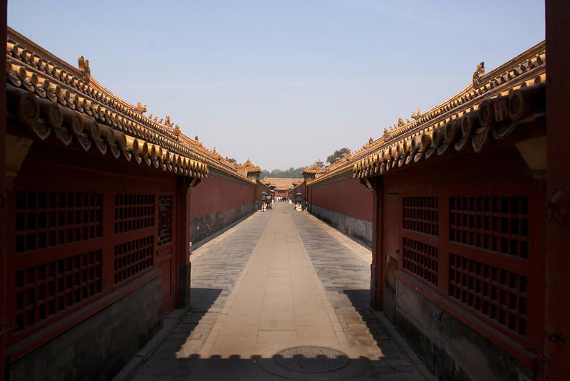 BEIJING. FORBIDDEN CITY. A SILENT STREET INSIDE THE PALACE. CHINA.