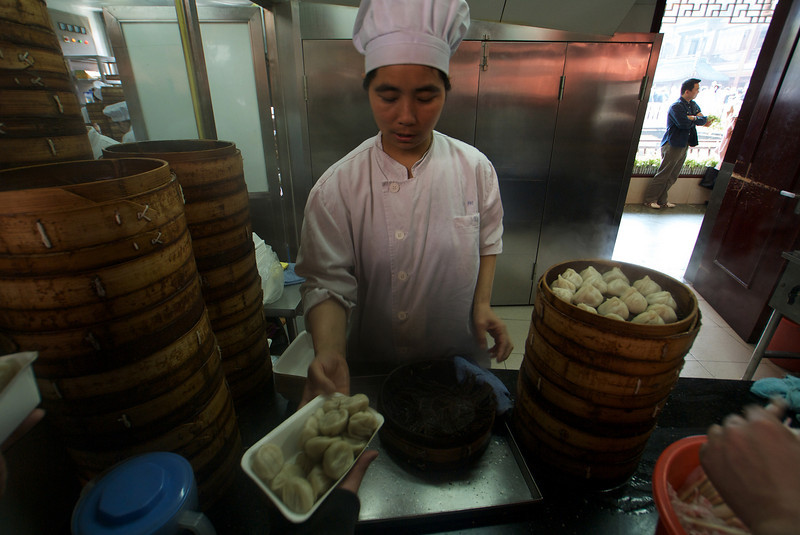 TRADITIONAL FOOD. SHANGHAI.