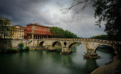 Tiber Arches