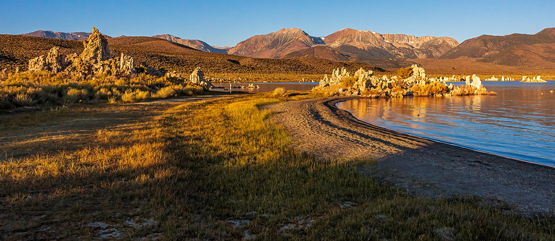 Mono Lake early morning pano