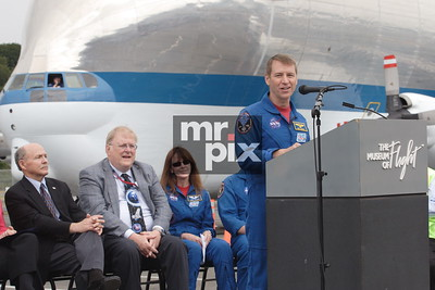Super Guppy brings NASA's Space Shuttle Trainer, to the Museum of Flight