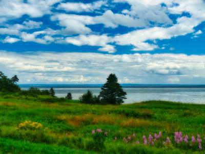 Along the North Shore - St. Lawrence River, Québec, Canada