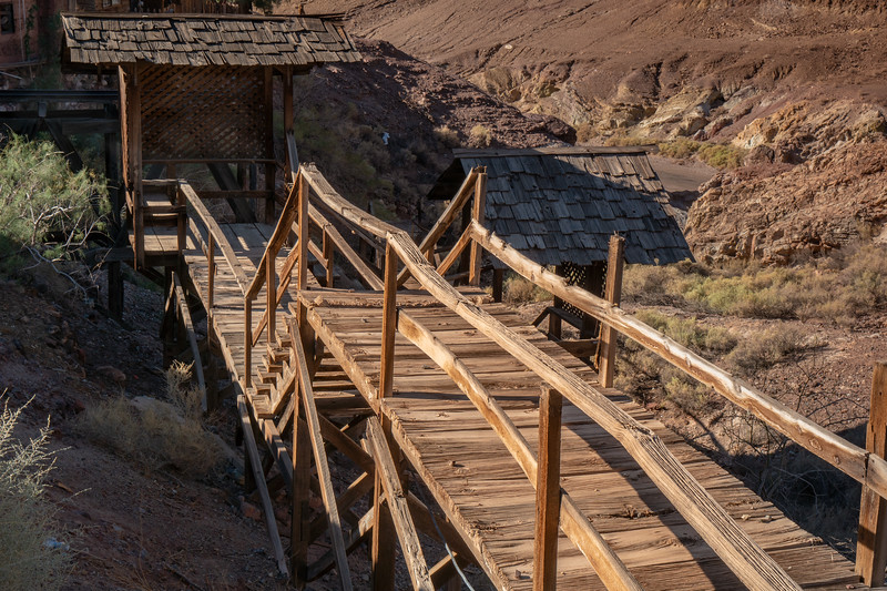 Wooden walkway over a ravine in Calico