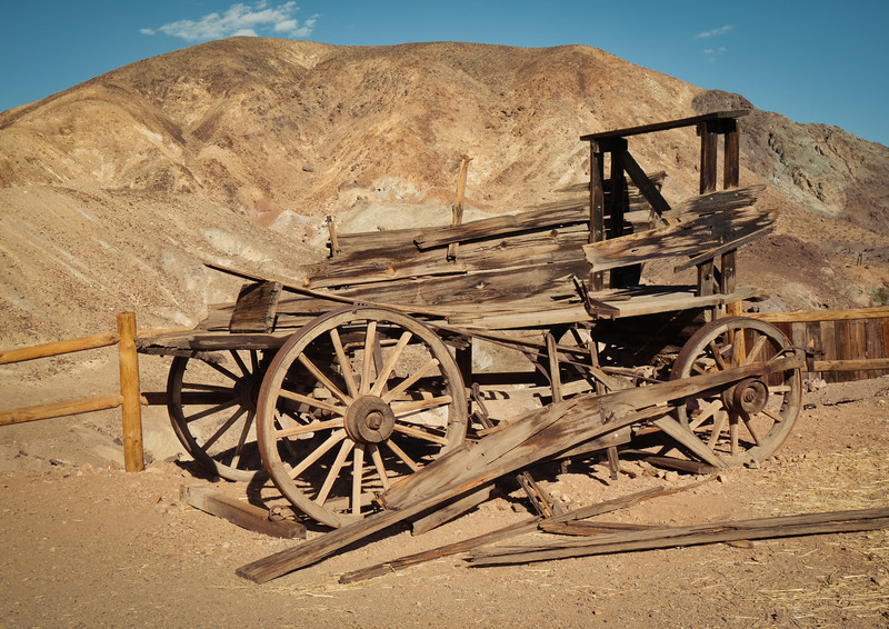 Another old wagon in front of Calico's mountains