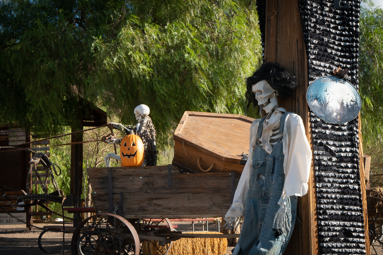 A Halloween greeting at the entrance to Calico