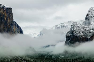 Tunnel View in Fog, Yosemite National Park, California