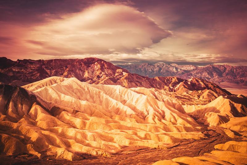 Morning at Zabraskie Point (Death Valley National Park)