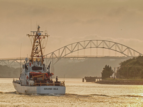 CGvessel_Grand Isle on a steamy summers evening