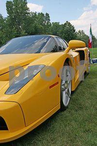 Ferrari F40 front corner (Meadow Brook Concours d'Elegance 2005)