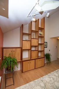 DCS_4740_bookcase