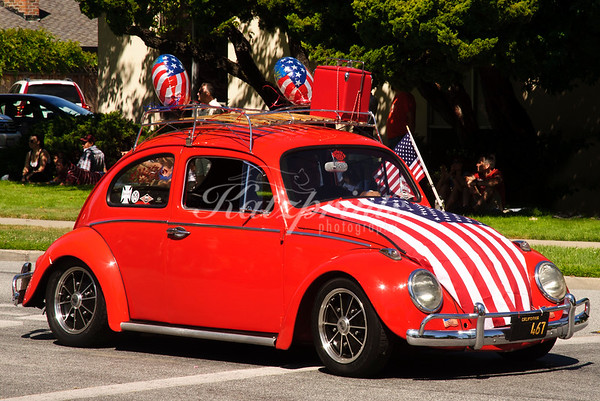 Classic VW Beetle at the 4th of July Rose, White and Blue Parade on The Alameda, San Jose