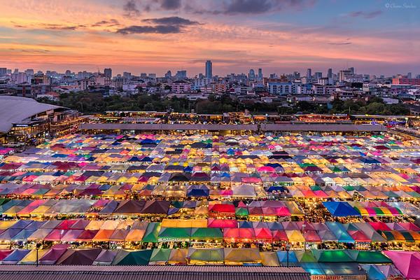 Rainbow Commerce || Comercio de Arcoíris