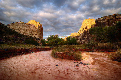 Sunrise at the River Bend Capitol Reef National Park