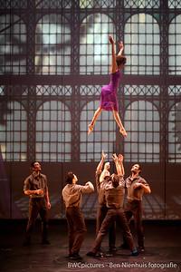 Circo Circolo 2012 - Les Productions Neuvart - Cirque Eloize