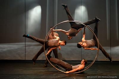 Circo Circolo 2012 (13) - Les Productions Neuvart - Cirque Eloize