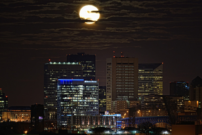 December Full Moon Rising over Cleveland