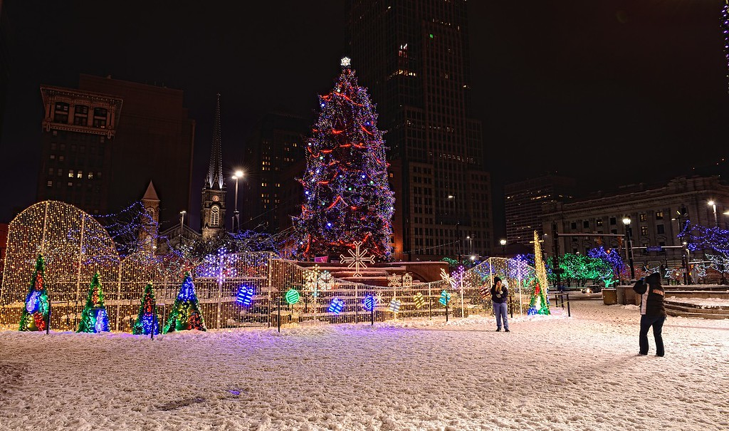 Photographers And Cleveland Christmas Lights