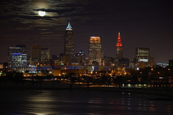 December Full Moon Rising over Cleveland