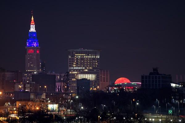 February  Full Moon rising over Cleveland 2021