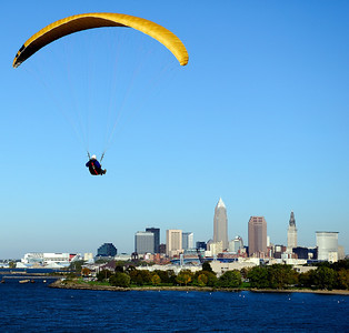 Hang Glider flying over Lake Erie, Cleveland,Oh