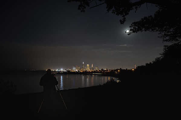 Photographer shoots Cleveland from Edgewater Park
