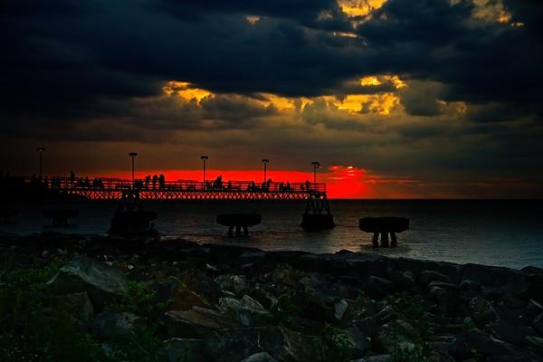 Sunset at Edgewater Park 2021