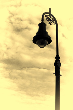 Olde Tyme Lamp, Manchester, NH<br /> Over Merrimack River Pedestrian Bridge