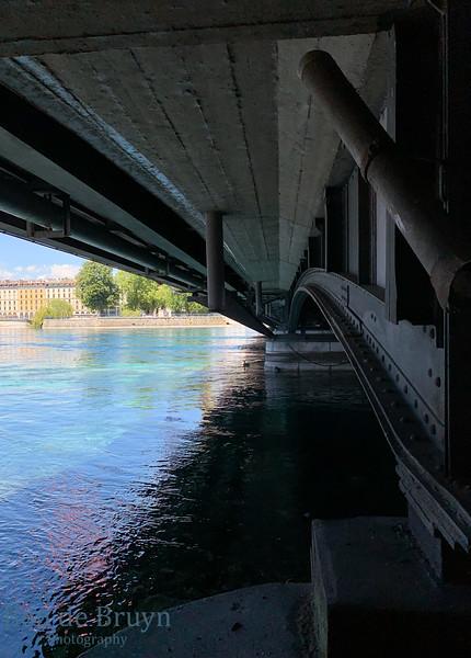 2020 E May Geneve scene 58