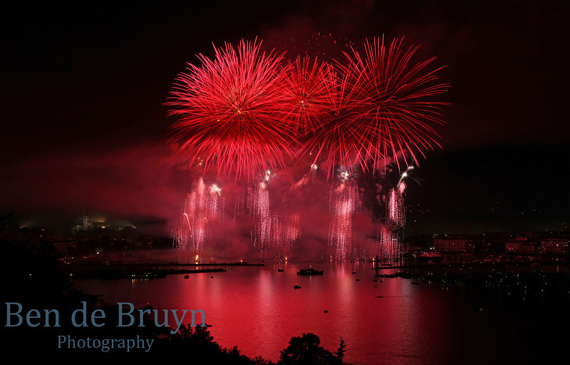 Fireworks at Geneve Aug 2011 View 6