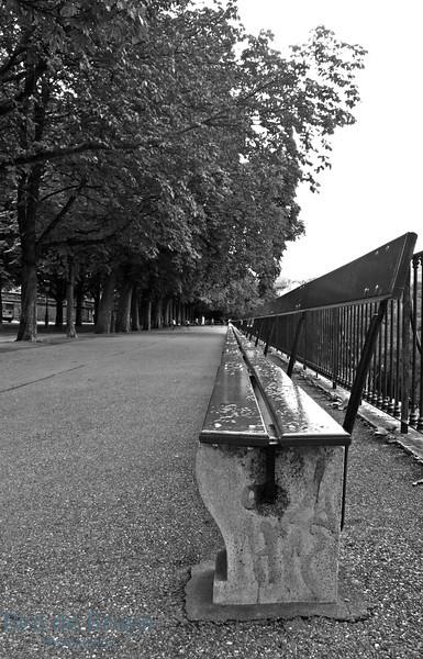 Aug 2010 Geneva longest bench