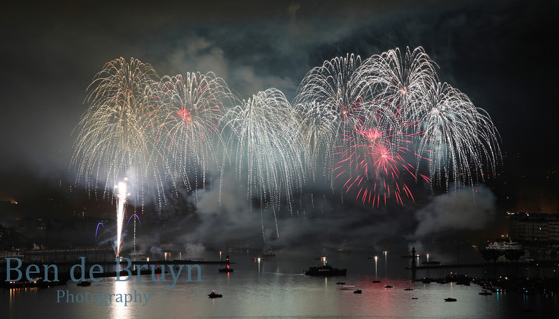 Fireworks at Geneve Aug 2011 View 17