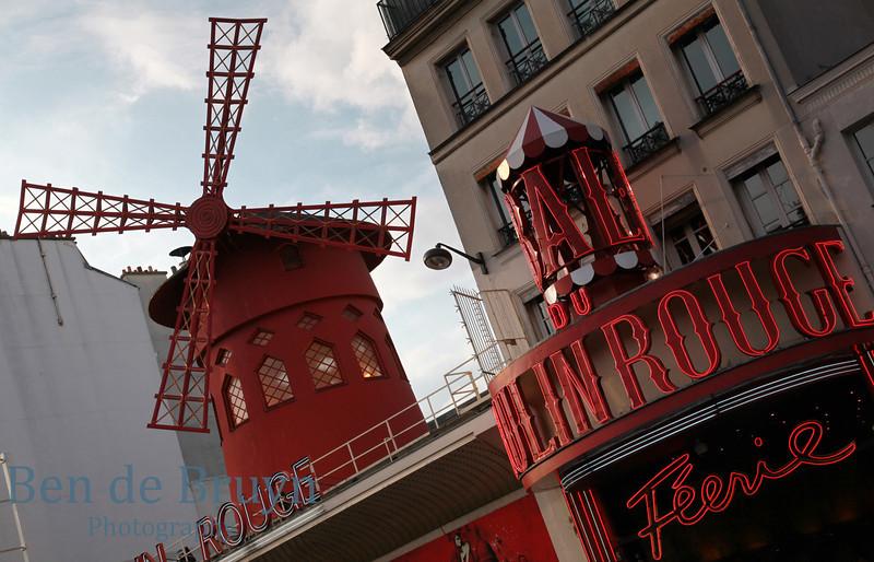 Paris:Moulin Rouge 1 July 2012